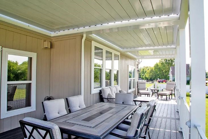 A-Sundance-louvered-roof-pergola-lets-you-control-the-amount-of-shade