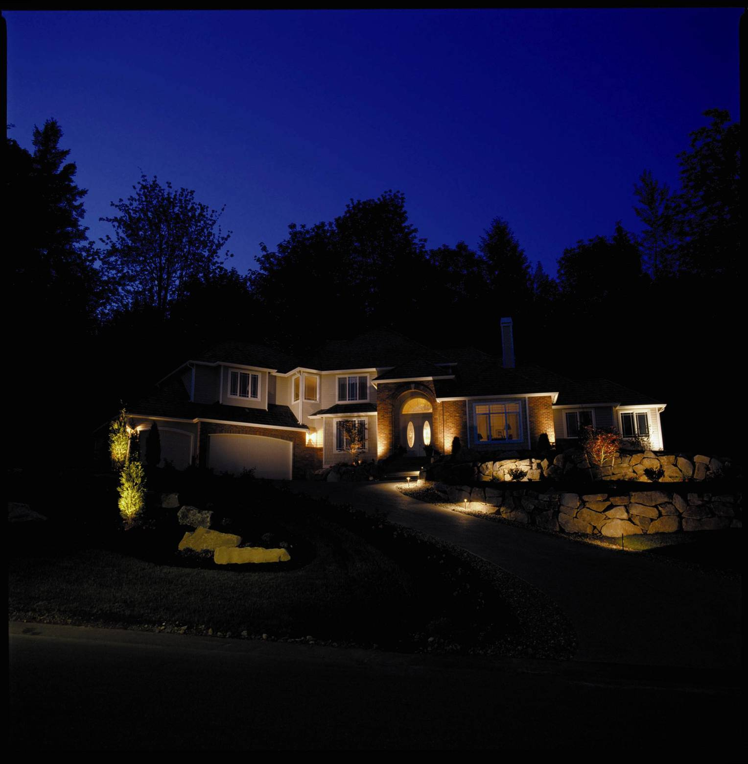 Driveway Lights Guide Outdoor Lighting Ideas Tips: Outdoor Lighting Perspectives