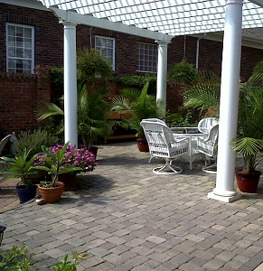 selecting the best material for your charlotte patio archadeck