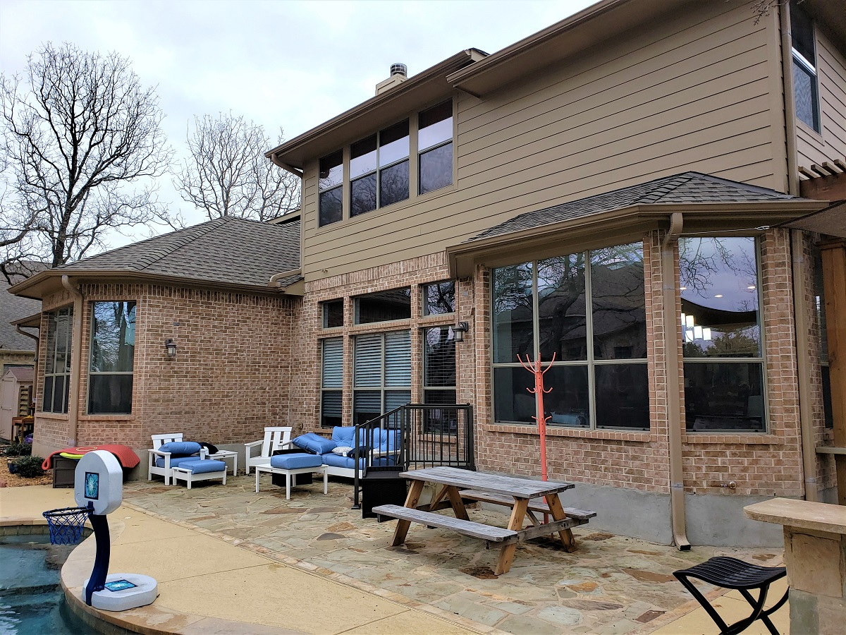 Poolside-patio-before-Archadeck-of-Austin-added-the-patio-cover