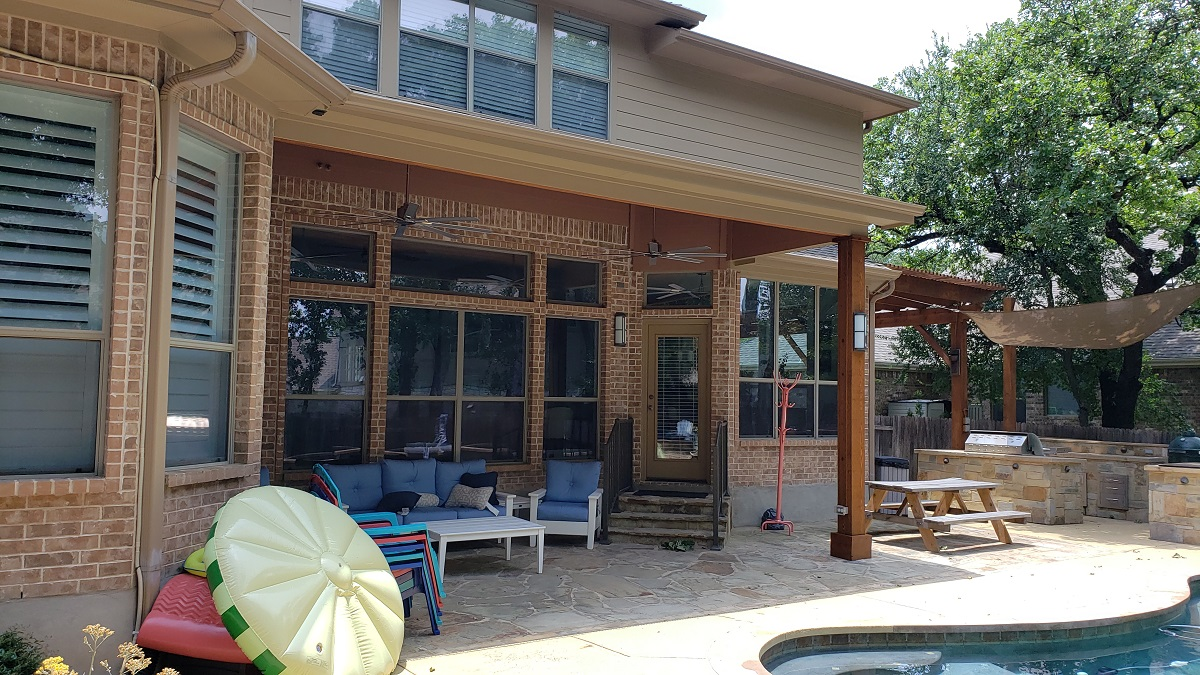 New-shade-loving-covered-patio-for-poolside-comfort