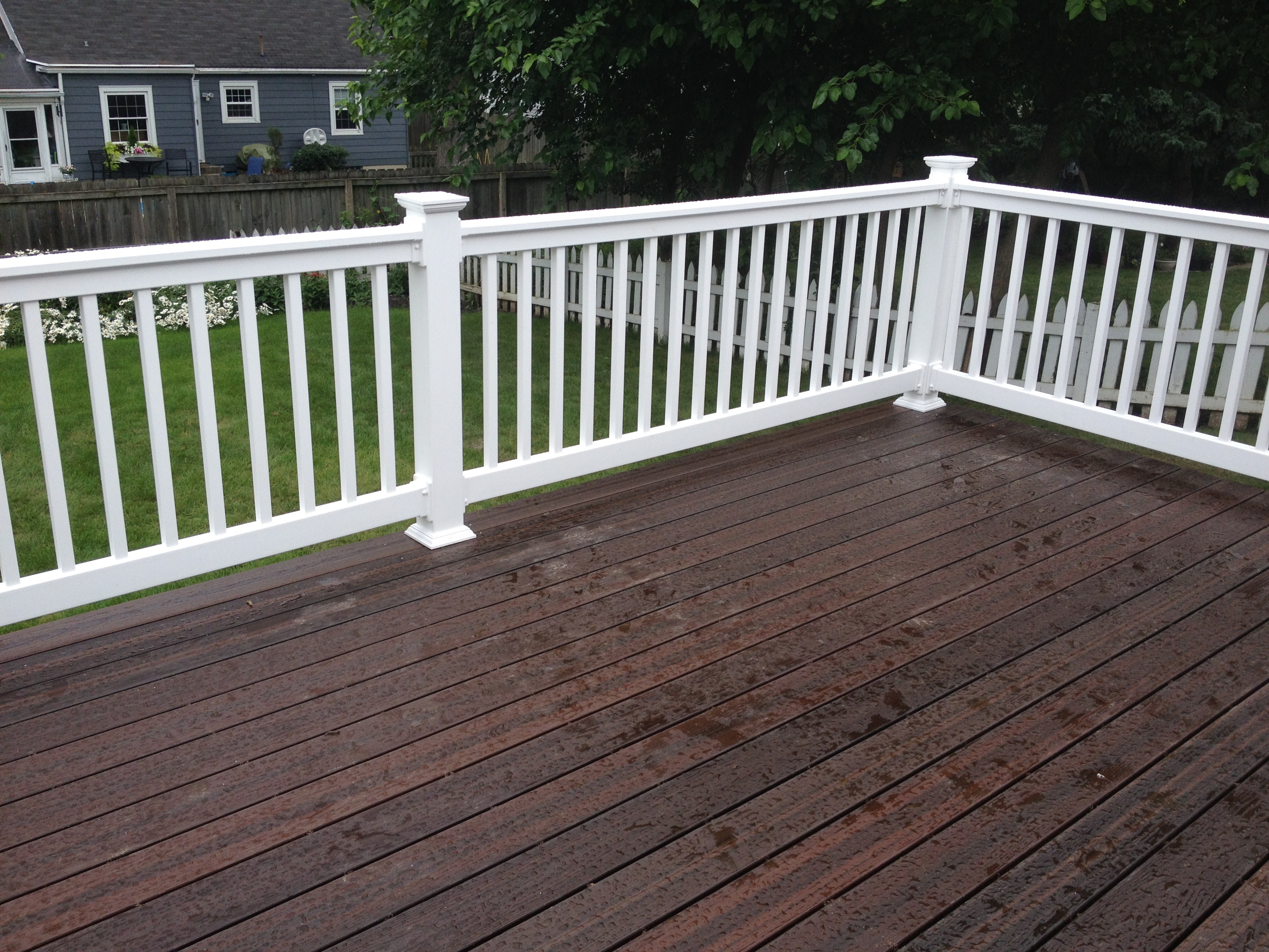 Composite-deck-addition-by-Archadeck