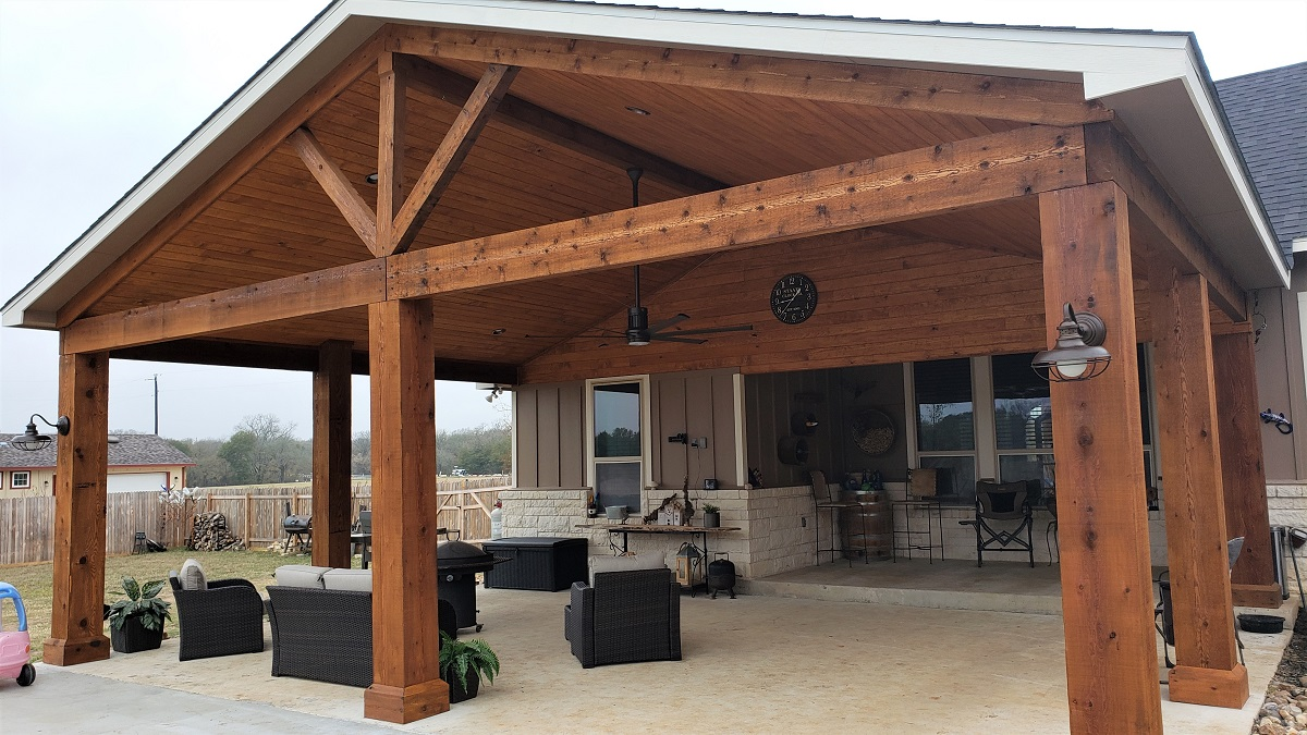 New-covered-addition-over-Elgin-TX-patio