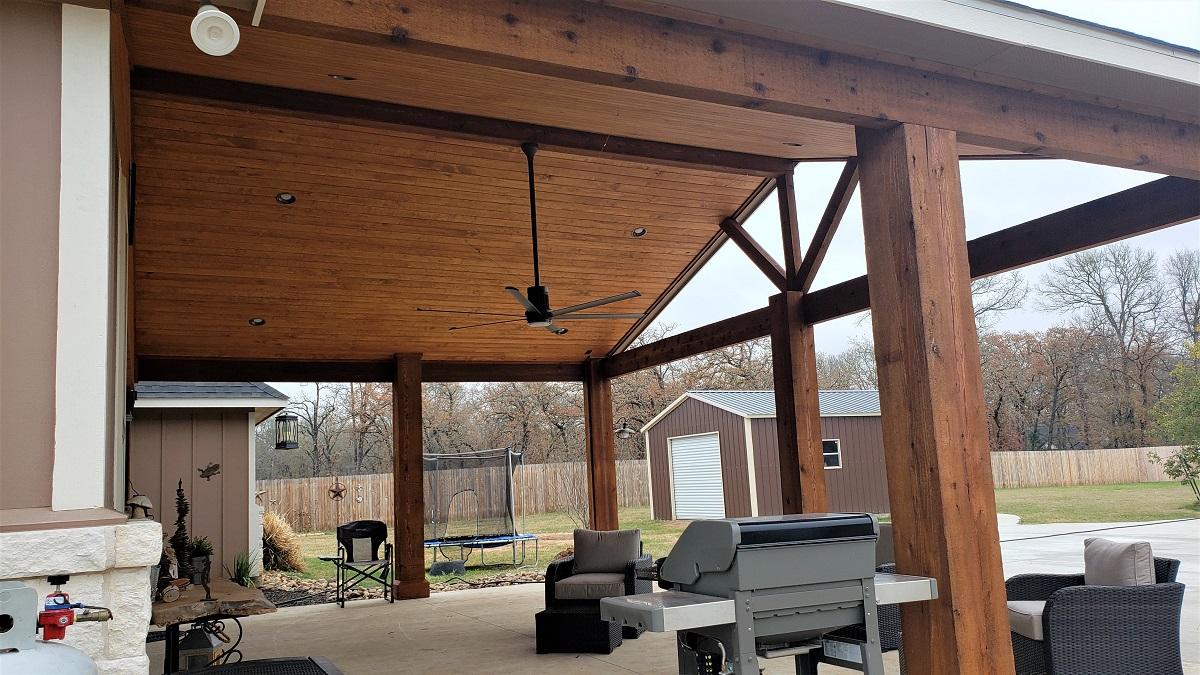 Pine-ceiling-inside