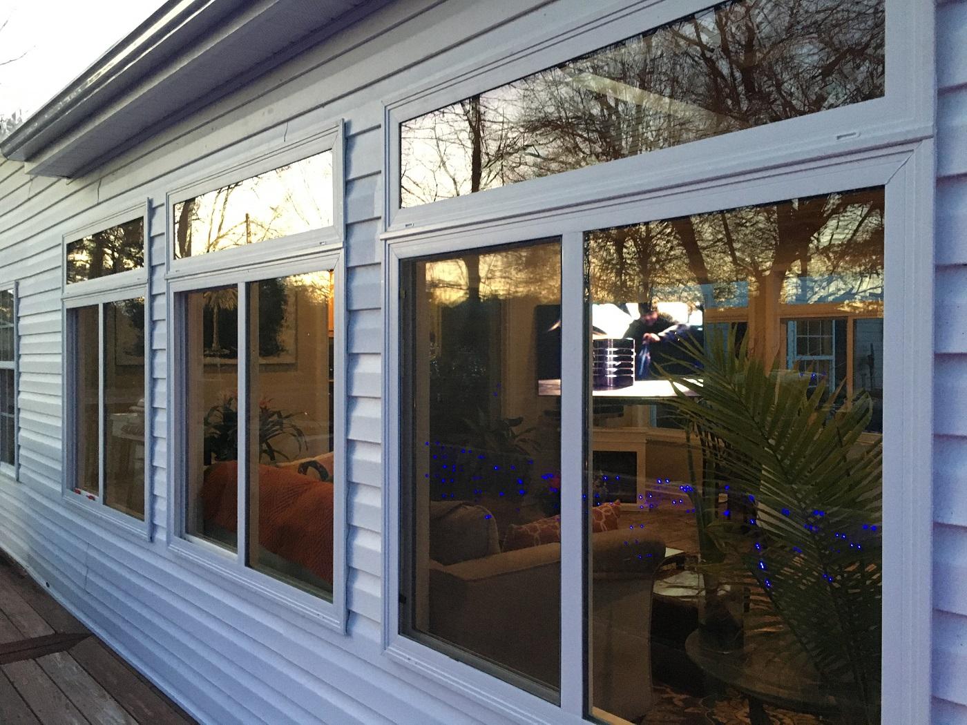 Custom-sunroom-on-Lake-Murray-in-Prosperity-SC