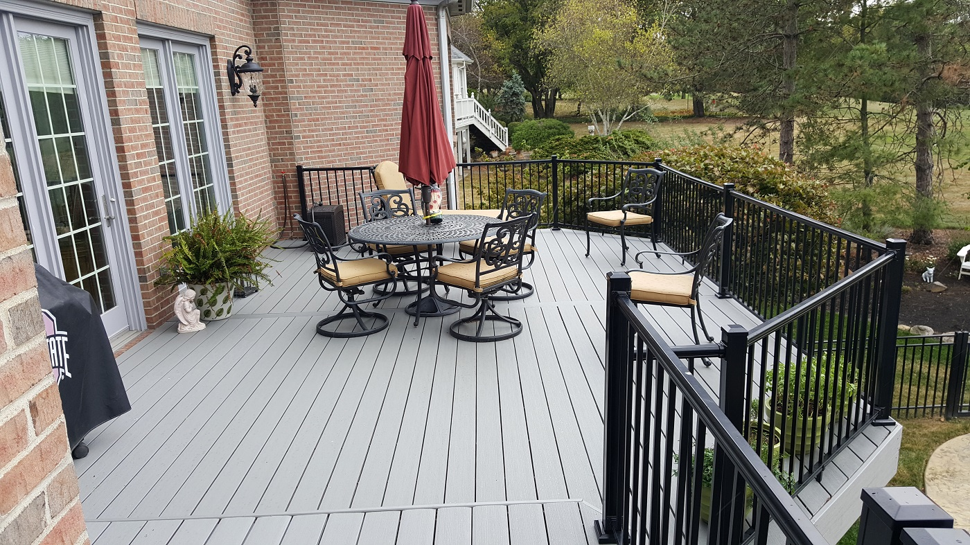 Custom-deck-in-West-Chester-OH