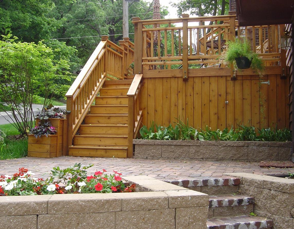 Wooden-deck-with-paver-patio-below