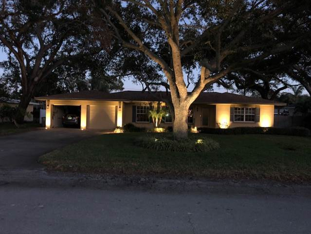 You Donu0027t Have To Own A 10,000 Square Foot Waterfront Mansion To Enjoy The  Benefits Of St. Petersburg Outdoor Lighting. We Understand That Bigger Is  Not ...