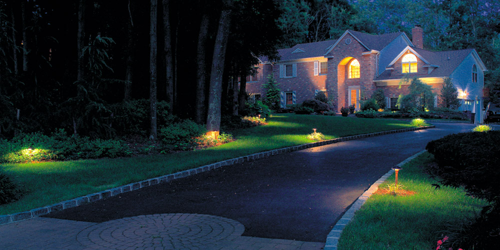 outdoor lighting installer in Columbus OH