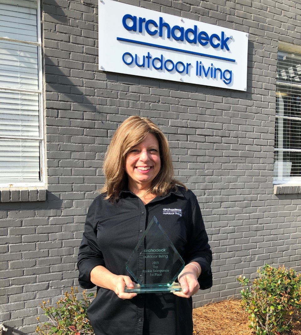 Bess-Shmitt-received-the-Rookie-of-the-Year-award-for-outstanding-sales-achievement-in-2019