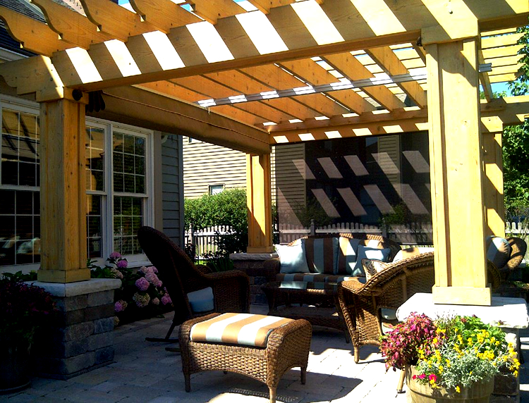 build your patio and pergola in the fall