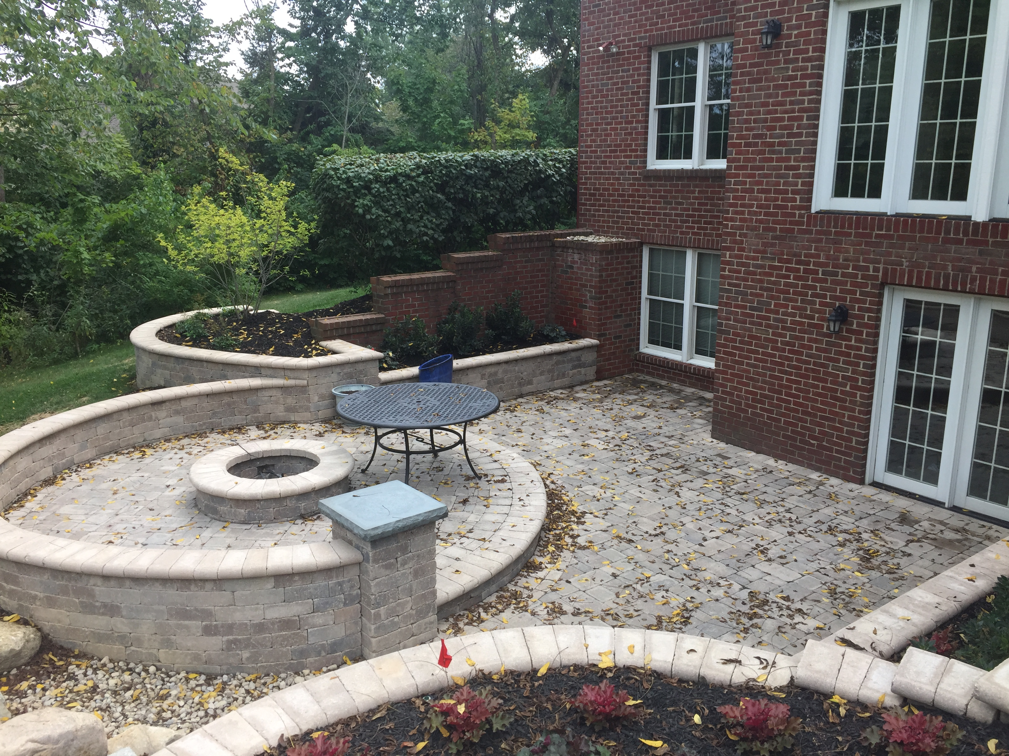 The Fire Pit Has A Gas Starter And Can Burn Either Gas Or Wood. The  Built In Grill Is Right Outside The Kitchen Door And Is Convenient To  Inside Or Out ...