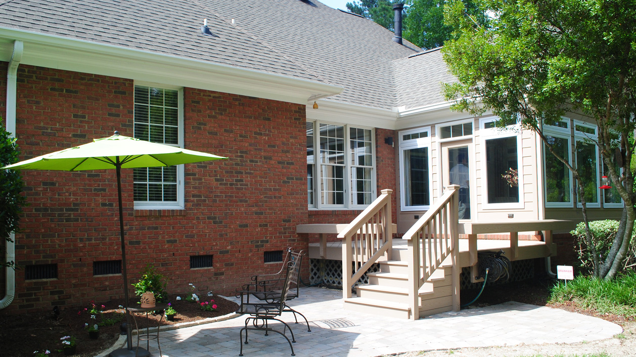 With A Deck Or Patio Outside Of Your Sunroom, The Sunroom Becomes The  Natural Transition From Your Home To Your Outdoor Spaces. A Perfect Place  To Retreat ...