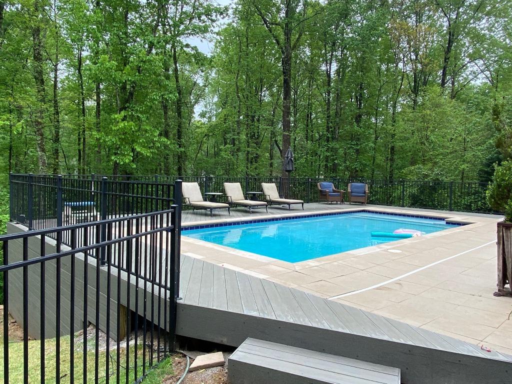 Stunning-new-TimberTech-pool-deck