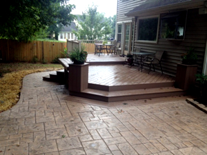 low-maintenance deck