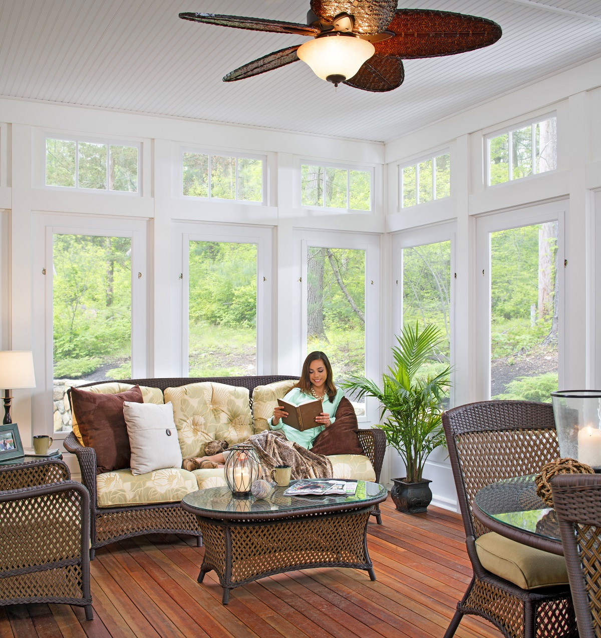 Relaxing-sunroom-in-Lexington-MA