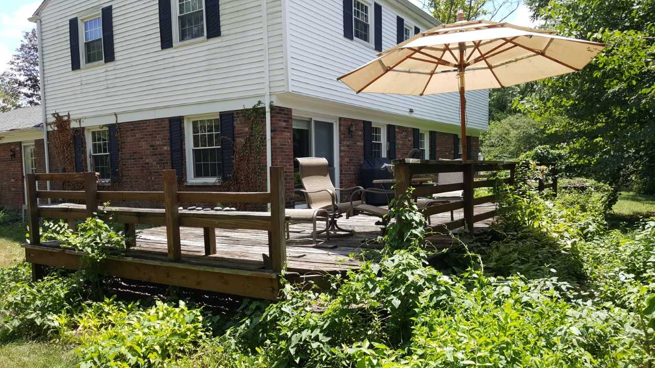 Before-the-old-deck-did-have-some-features-the-homeowners-liked