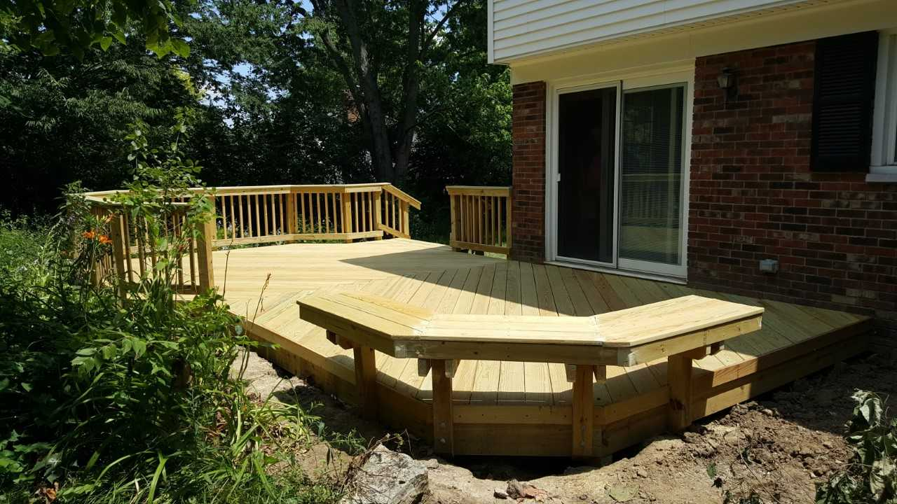 New-and-improved-wooden-deck-design