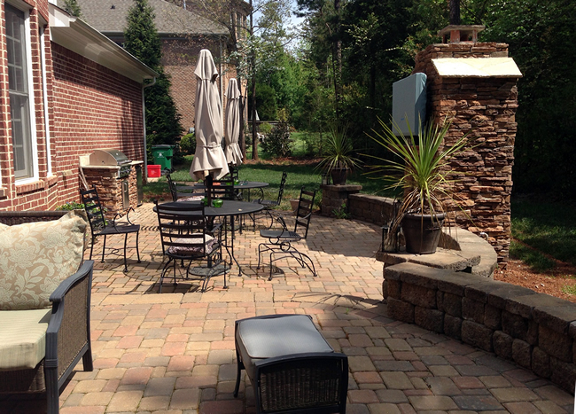 Huntersville paver patio