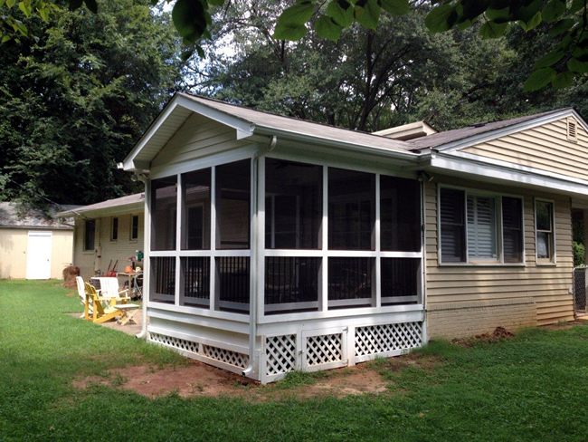Charlotte screened porch