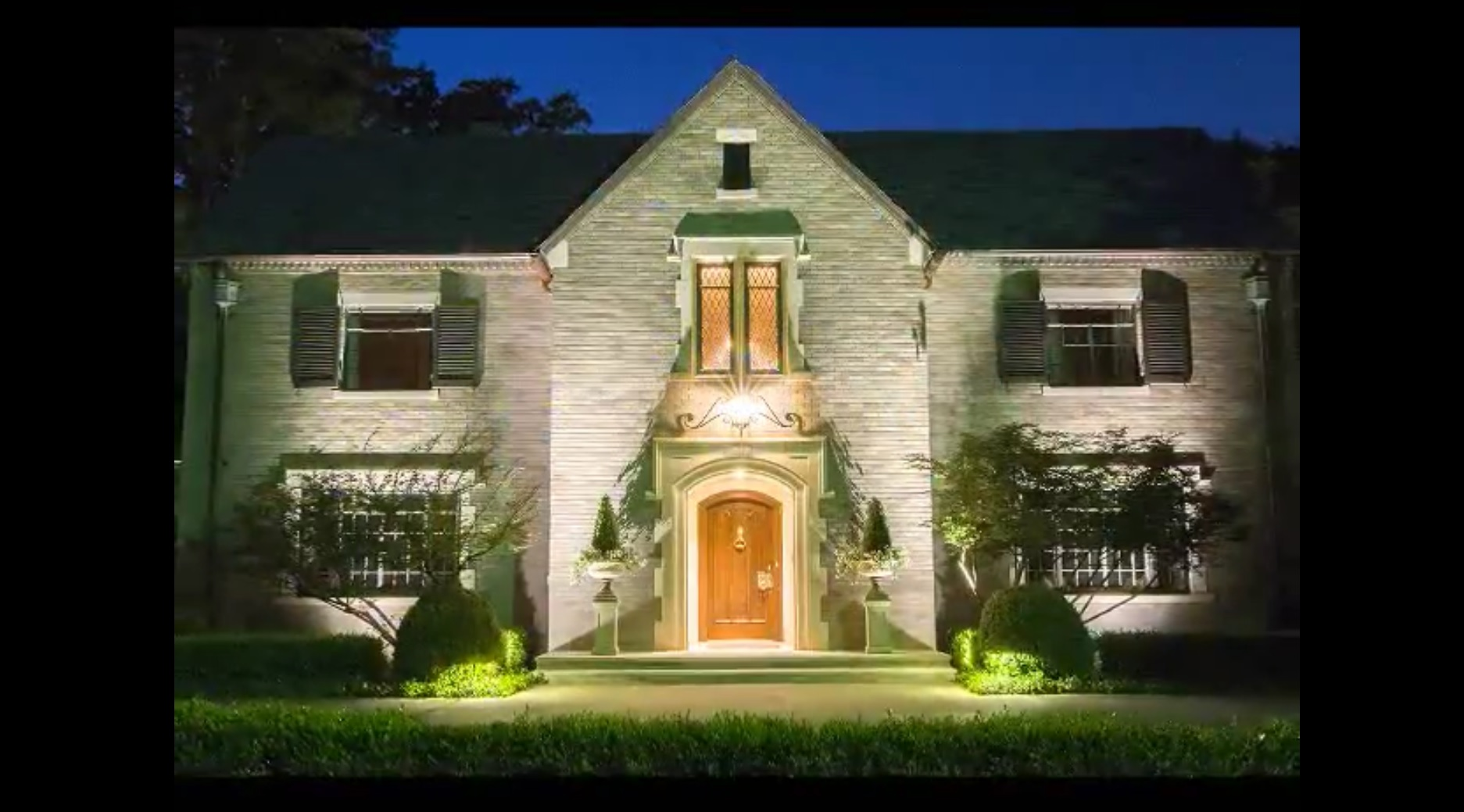 Outdoor Lighting Perspectives of Greenville Landscape Lighting Thumbnail