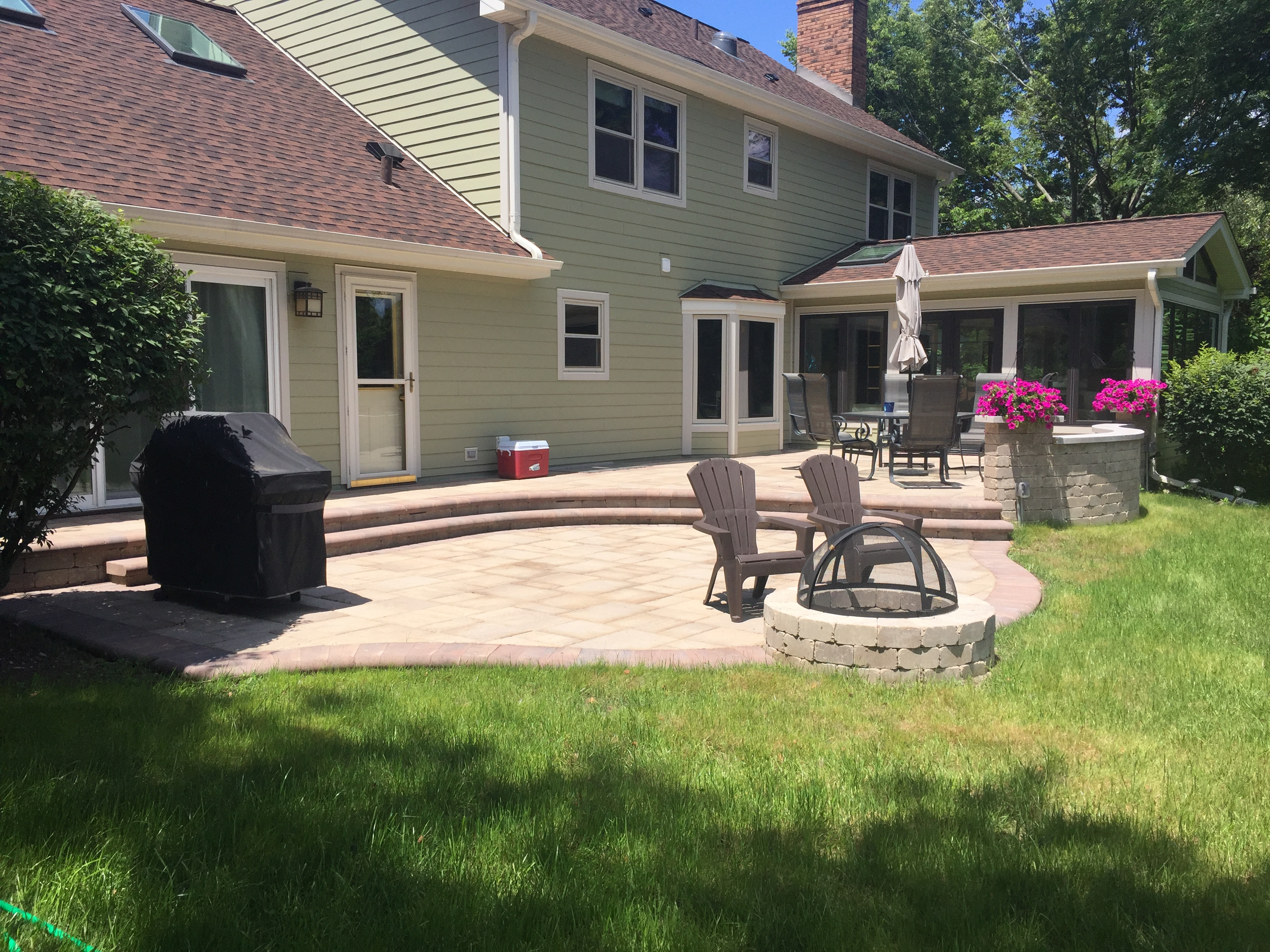 Concrete or Paver Patios for your backyard? Thumbnail
