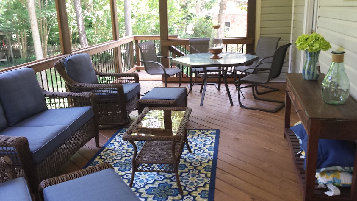 Imagine-staying-bug-free-and-shaded-this-season-with-a-new-screened-porch