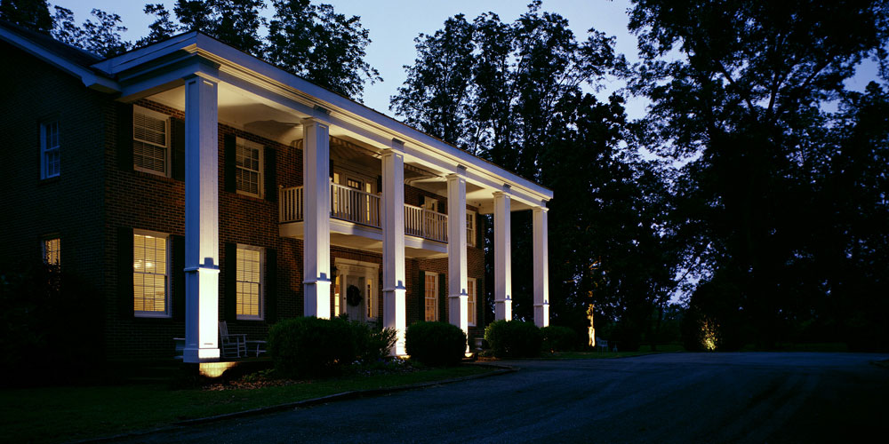 outdoor lighting installer Seven Oaks SC