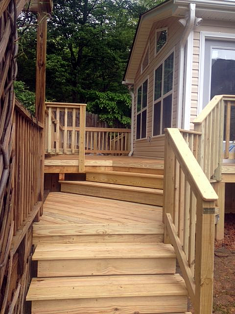 Lewisville deck and sunroom addition
