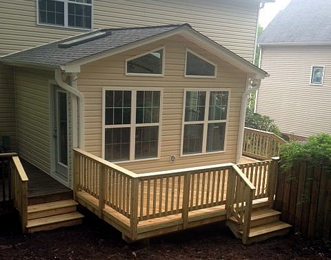 Lewisville NC sunroom and deck