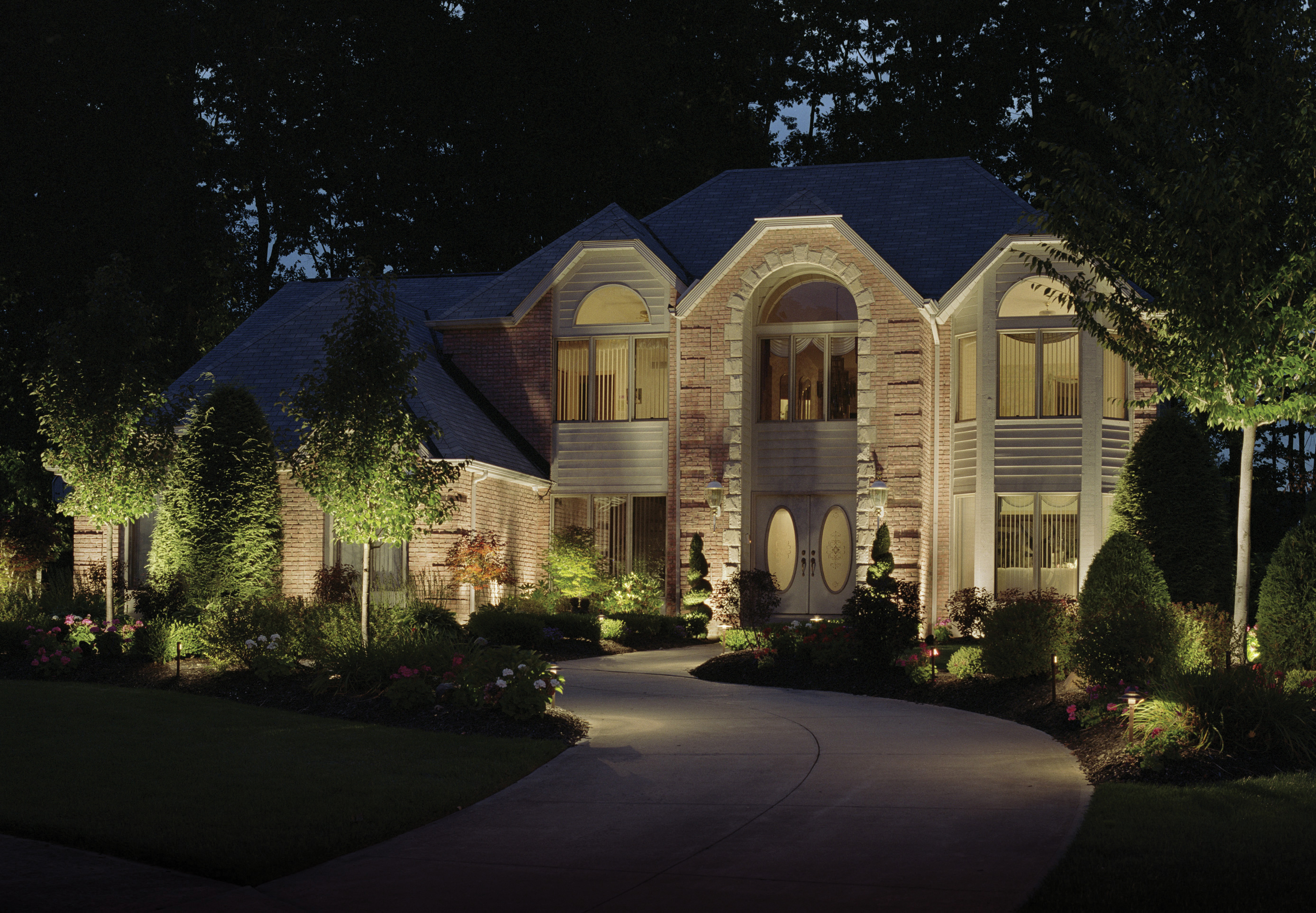 Seattle Exterior Home Lighting