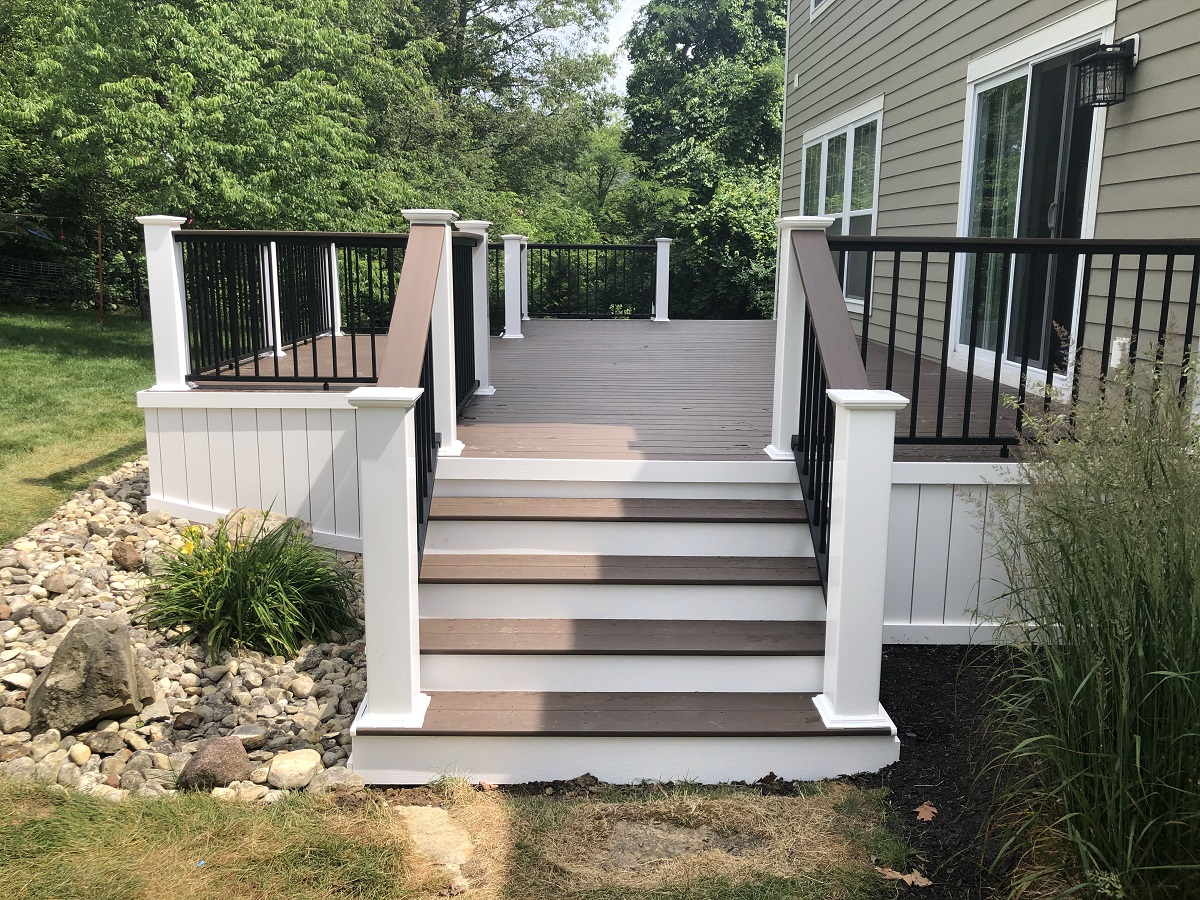 Stunning-redecking-project-in-Delaware-OH
