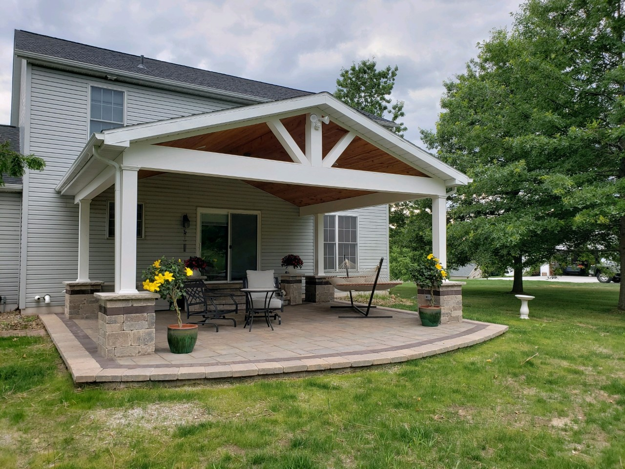 Kent-OH-Covered-patio