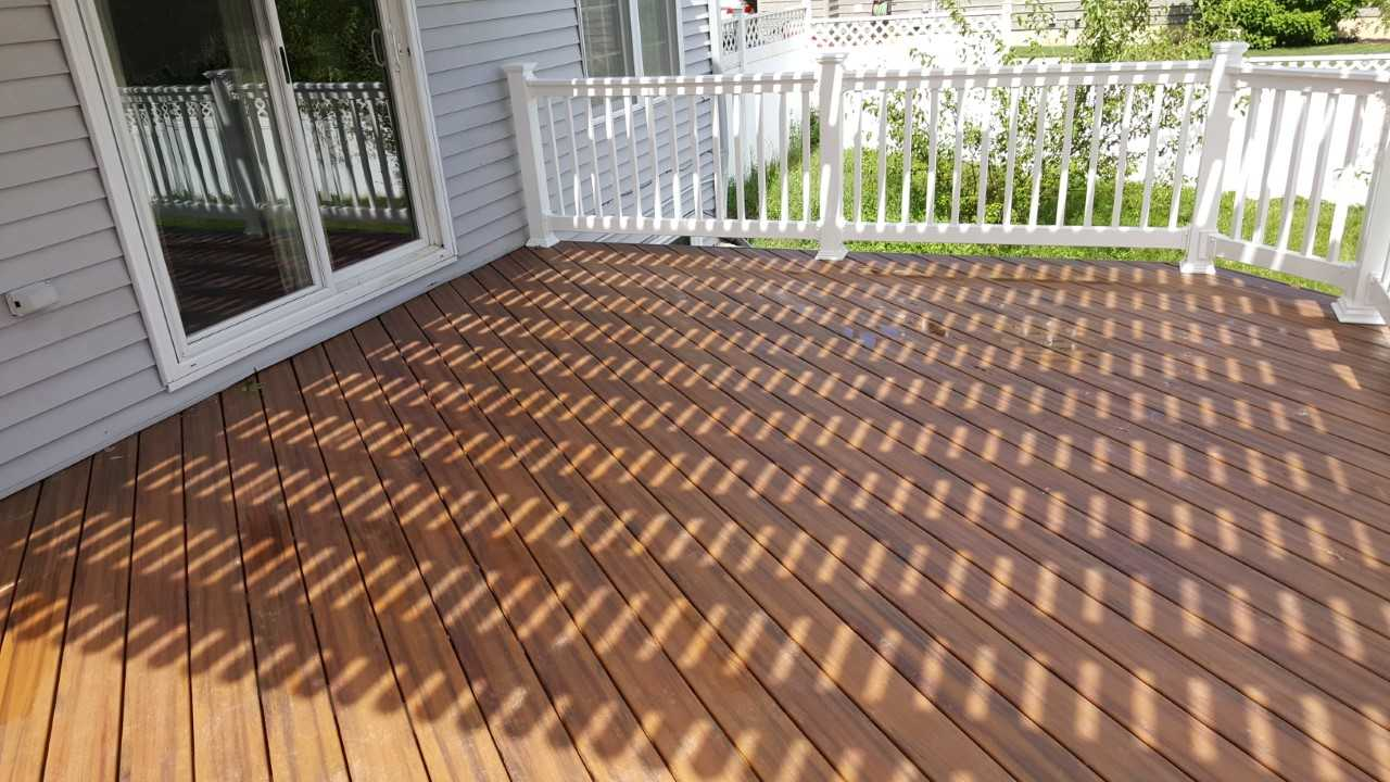 New-low-maintenance-deck-with-a-sleek-new-design
