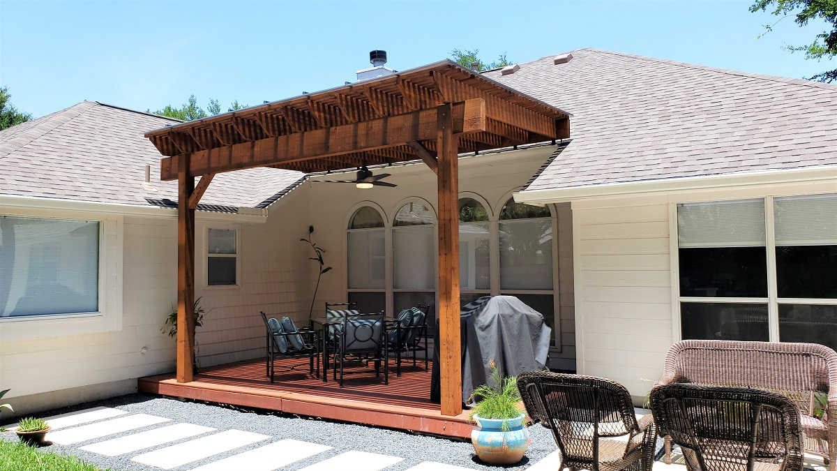 Austin-custom-California-cedar-pergola-addition