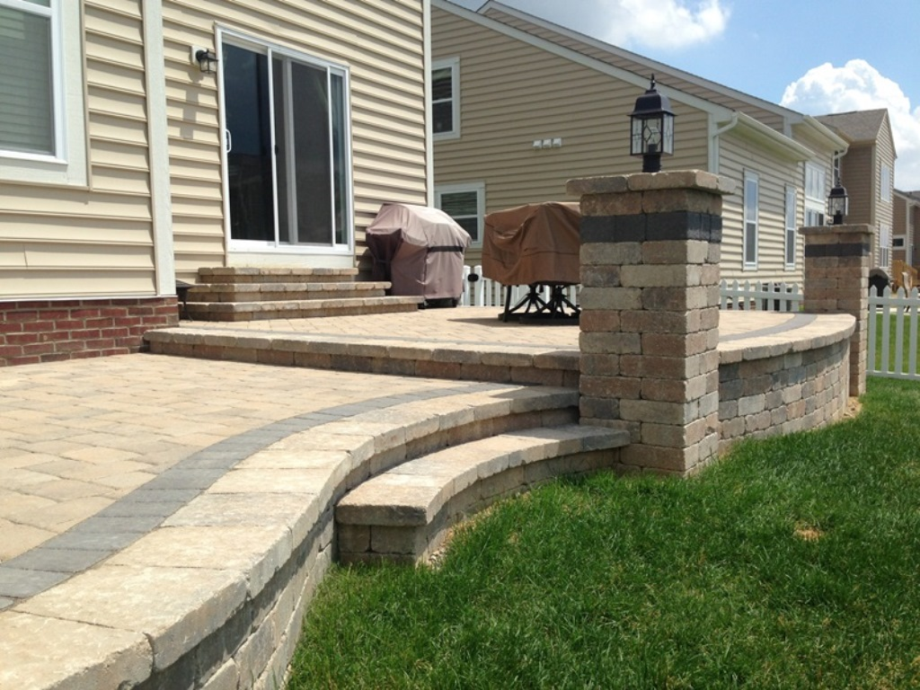 Custom-raised-paver-patio