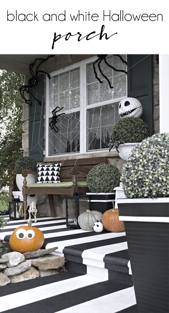 awesome halloween porch themes