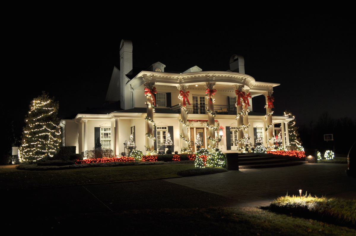 residential professional Christmas lighting installations