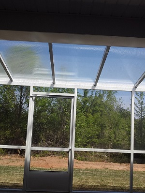This Bonaire, GA, Screened Patio Is Sure To Let The Sunshine In!