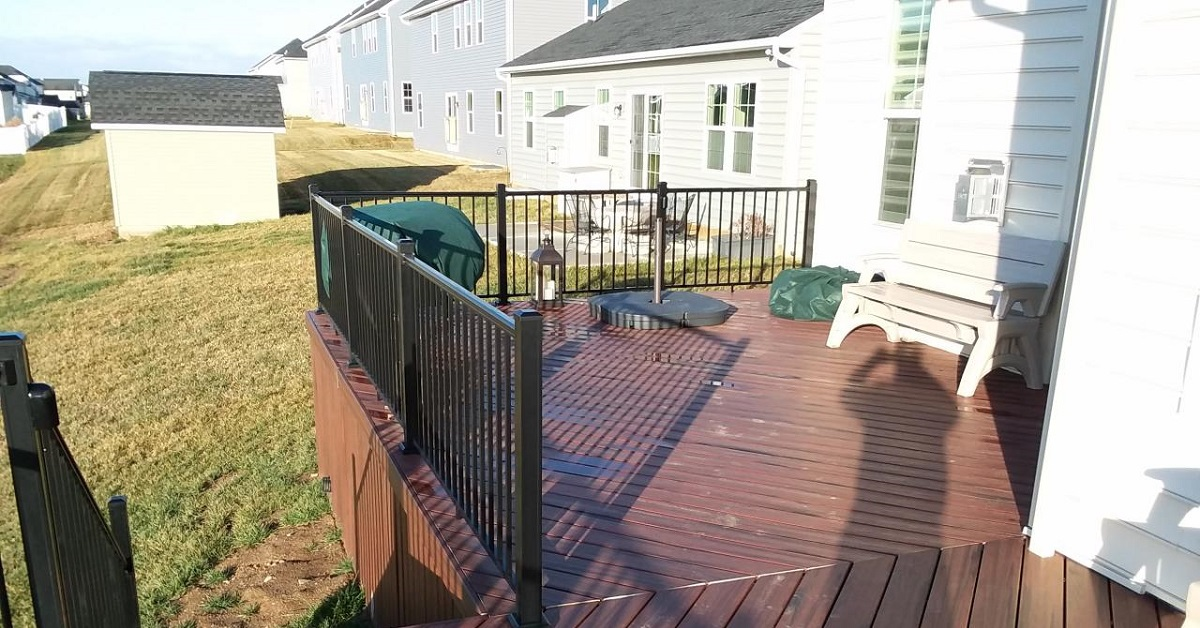 A-new-low-maintenance-deck