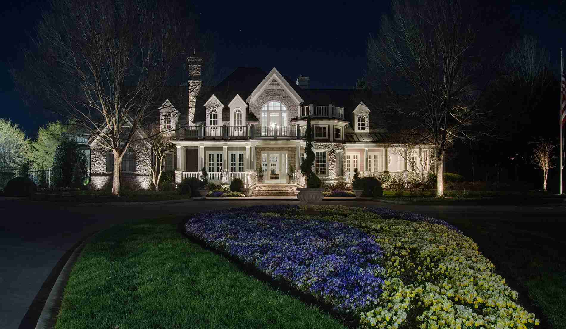 special offer outdoor lighting in northern Ohio