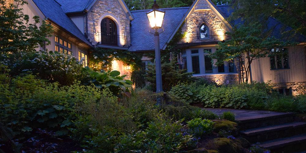 Chagrin Falls Ohio outdoor lighting