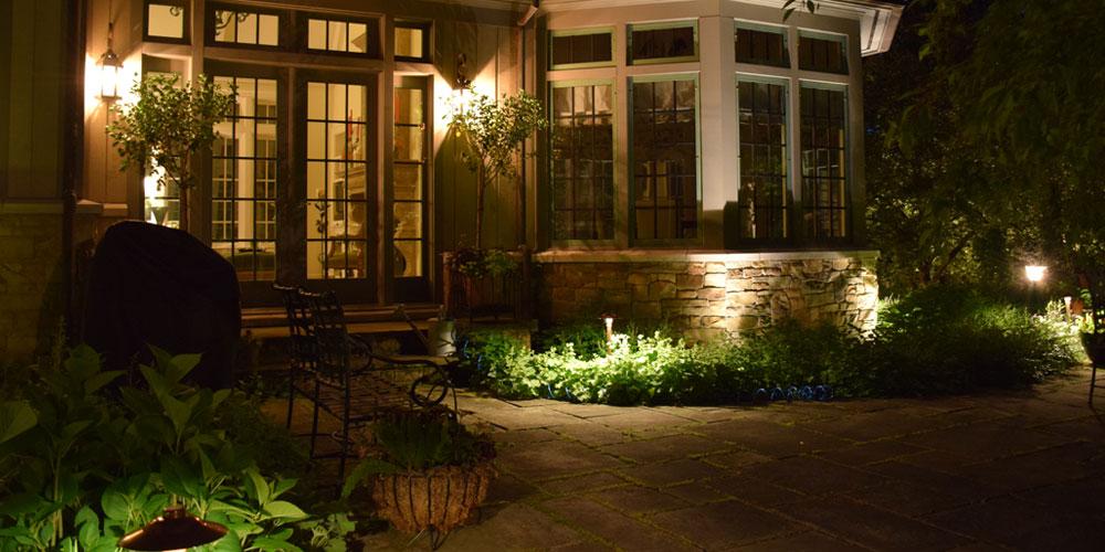 outdoor living area lighting Chagrin Falls Ohio