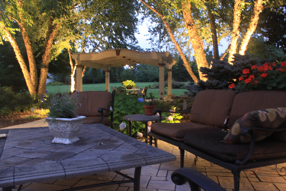 Landscape lighting for the ultimate outdoor living space