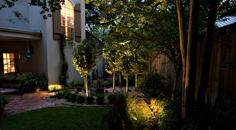 Northern Ohio landscape and garden lighting
