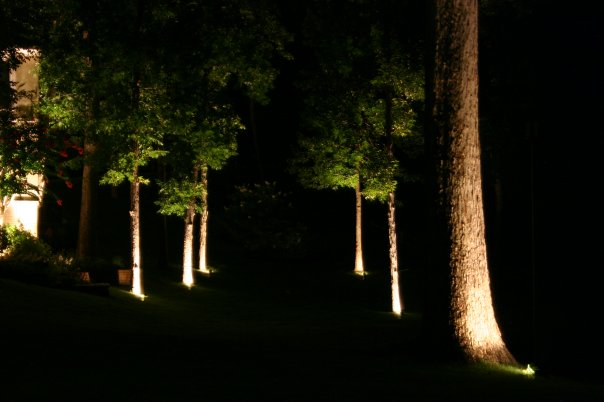outdoor lighting installer in Memphis TN