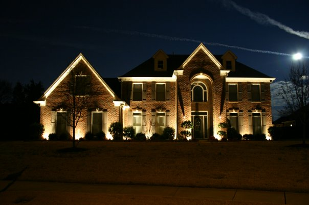 outdoor lighting installer Memphis TN