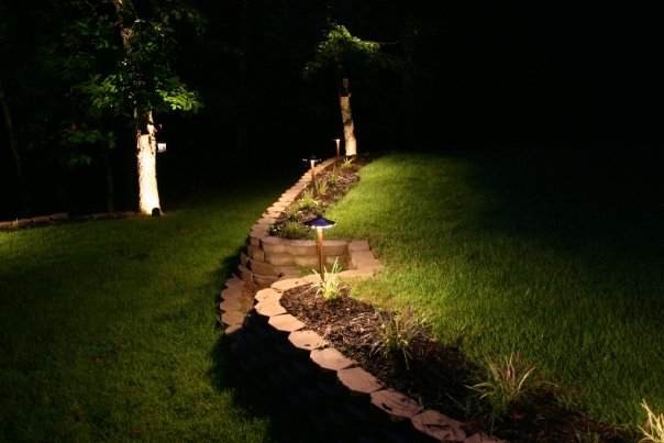 landscape lighting in Memphis