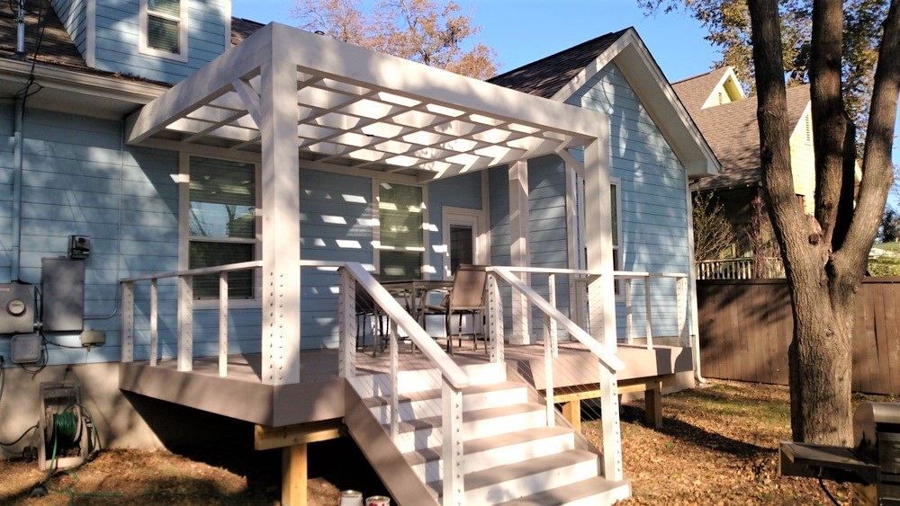 This-new-AZEK-deck-and-custom-cedar-pergola-is-sure-to-turn-heads