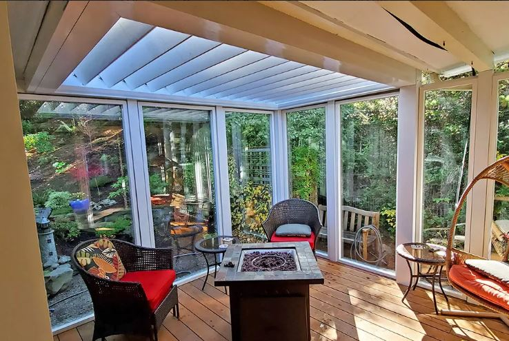 Sundance-louvered-roof-pergola-used-in-outdoor-room-setting